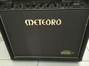 Caixa de guitarra Meteoro 100gs pouco usada, em ótimo