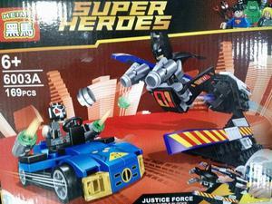 Lego batman, thor, hulk com naves de combate e outros