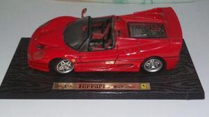 Miniatura Ferrari F 50 Maisto 1/18, sem caixa