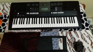 Teclado Yamaha PSR-E423 ARRANJADOR e ContraBaixo MUSIC MAN