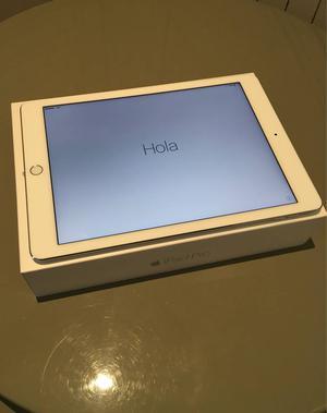 ipad pro combo! (ipad+apple pencil+smart keyboard+cases)