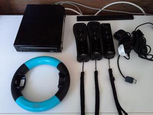 Wii Bleck + 7 jogos + 4 controles