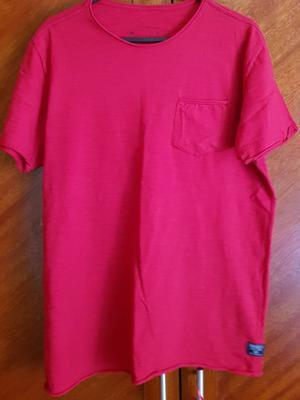 camiseta vermelha siberian tamanho P