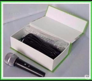 Microfone Profissional com Cabo Weisre M-. NOVO
