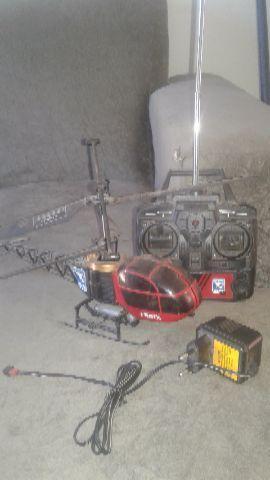 Helicoptero de controle remoto Fênix H18 Candide