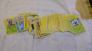 Kit com 110 cartas Pokemon