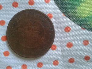 Vende se uma moeda antiga de 10 reis