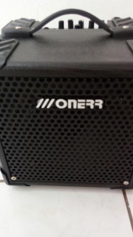 Amplificador para contra baixo Oneer
