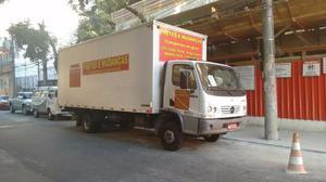 Caminhão Baú para Mudanças e Fretes Tel  -