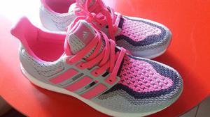 Tênis Adidas Ultra Boost - novo - 37