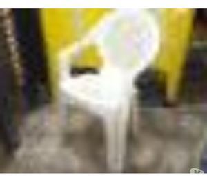 Mesas e cadeiras plástica