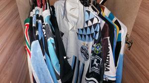 Coleção de camisas de times