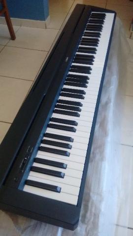 Piano P-45B Yamaha