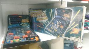 Mini brinquedo da pinball antigo na caixa