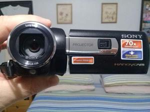 Filmadora Sony DCR-PJ6 com projetor de imagem, novíssima