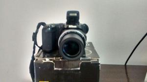 Máquina semi professional Nikon coolpix L810