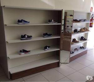 Mobiliário novo para loja