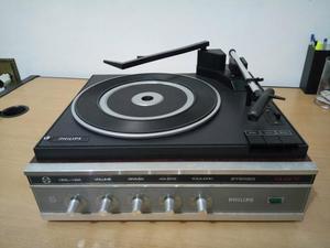 Vitrola Philips GF 557