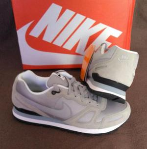 Tênis Nike Air Waffle Trainer Review Cinza Tam
