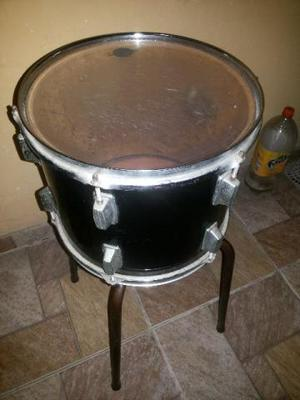 "Tambores de bateria 12"" ou 13"""