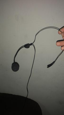 Transmissor sem fio para instrumentos musicais e microfone