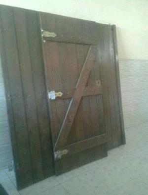 Portão de garagem e social em madeira