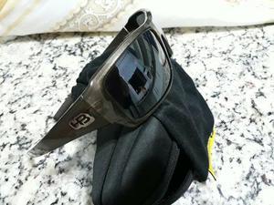 df901185d503e Óculos retrô novinho   Posot Class