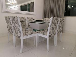 Mesa de jantar com 8 cadeiras, ótimo estado