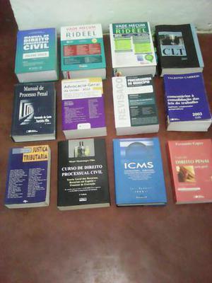 Livros de direitos.