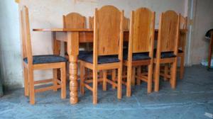 Mesa de 8 cadeiras / Tampo Feito em um Única Tábua