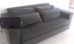 Sofá cama com 3 lugares. Apenas um ano de uso