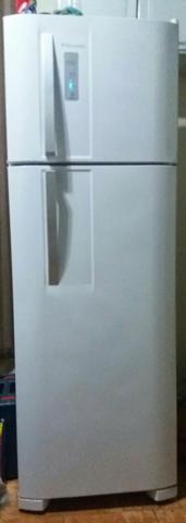 Geladeira Frostfree Eletroctrolux