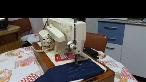 Máquina de costura Singer 660 - Excelente estado