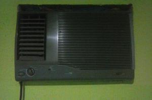 Vendo ou troco em celular este ar-condicionado Consul de