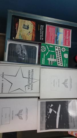 Kit de livros e apostilas para piloto privado helicóptero