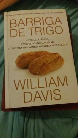 """Livro """"Barriga de Trigo"""""""