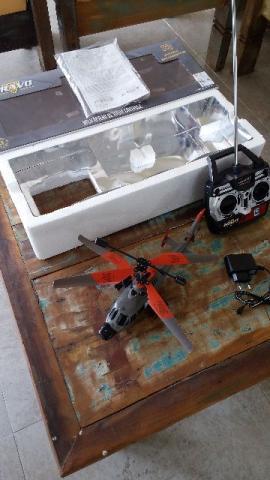 Helicóptero de Radio Controle Brava
