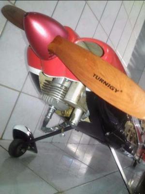Aeromodelo único dono