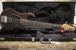 Baixo Music Man Sterling Ray Sub 5 Cordas Walnut Satin