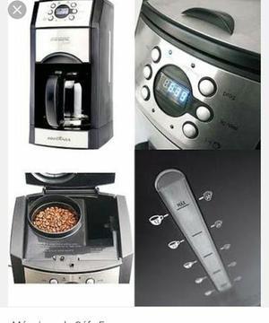 Maquina de café com moedor de graos