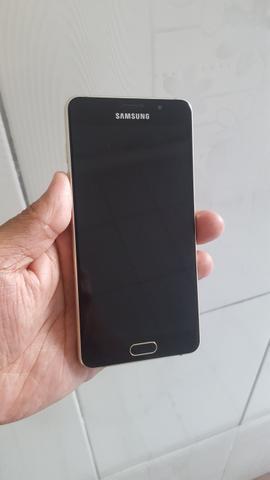 Samsung A Dourado