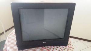TV tela plana com tubo