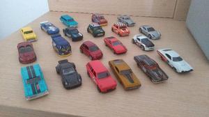 Carros Hot Wheels variados