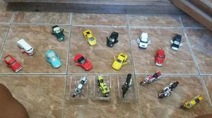 Miniaturas de carros e motos