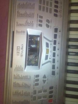 Vendo ou troco teclado