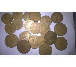 VENDO 50 QUILOS DE MOEDAS ANTIGAS DE CRUZEIROS R$15 O KG