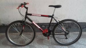 Bicicleta Thunder aro em ótimo estado usado poucas vezes