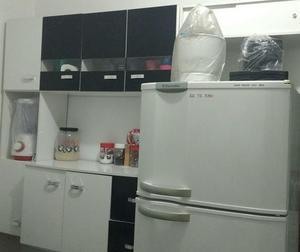 Armário de cozinha + fruteira c/ armário para microondas!