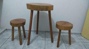 Mesa E bancos de madeira maciça rustica