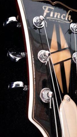 Finch. guitarra fabricada no brasil nos anos 70,foi 470